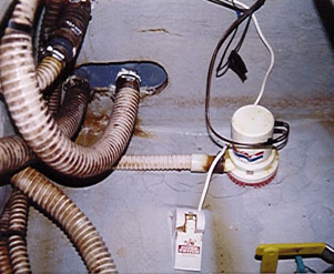BilgePump all about bilge pumps boats, yachts maintenance and troubleshooting attwood float switch wiring diagram at pacquiaovsvargaslive.co