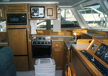 Boat Review by David Pascoe - Mainship 350 Trawler on